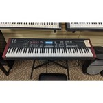 Used Yamaha MOXF8 Synthesizer with Thump Speaker and Bag